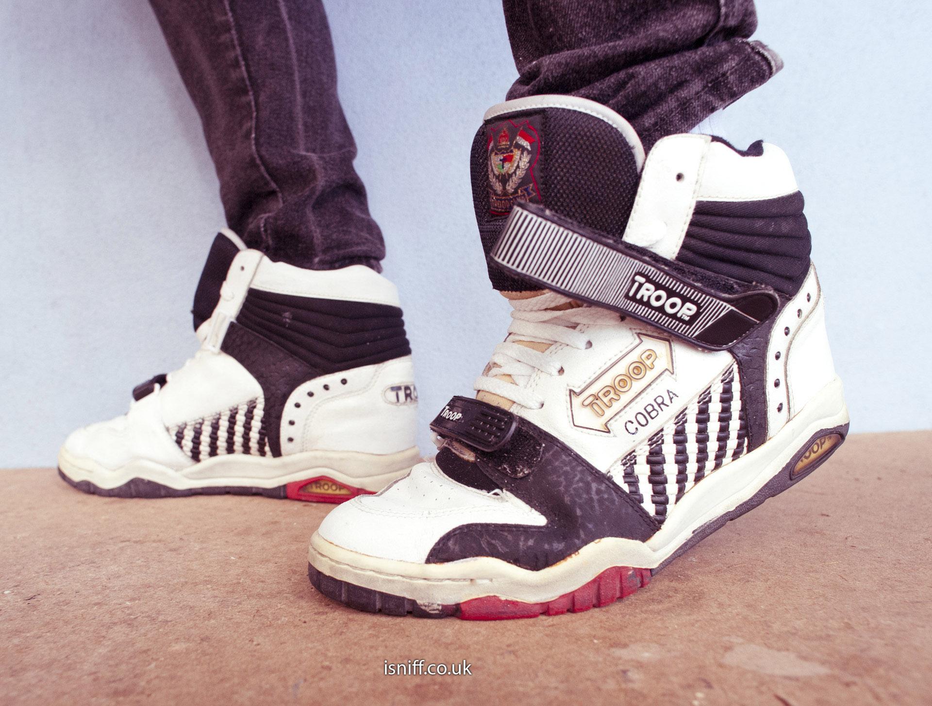 troop cobra Sneaker Photos