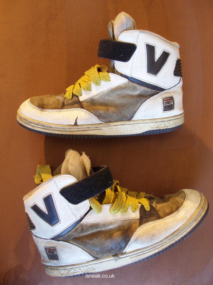 Description: skanky worn vision streetwear MC14000
